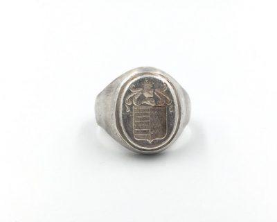 Blazon Ring